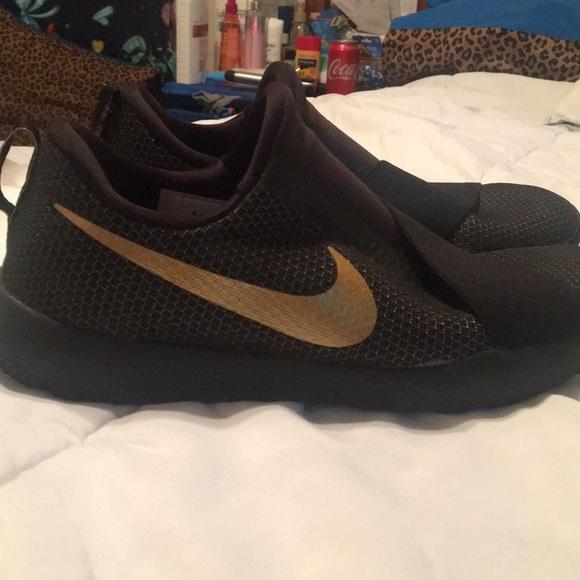 Nike Shoes | Nike Shoes Black W Gold